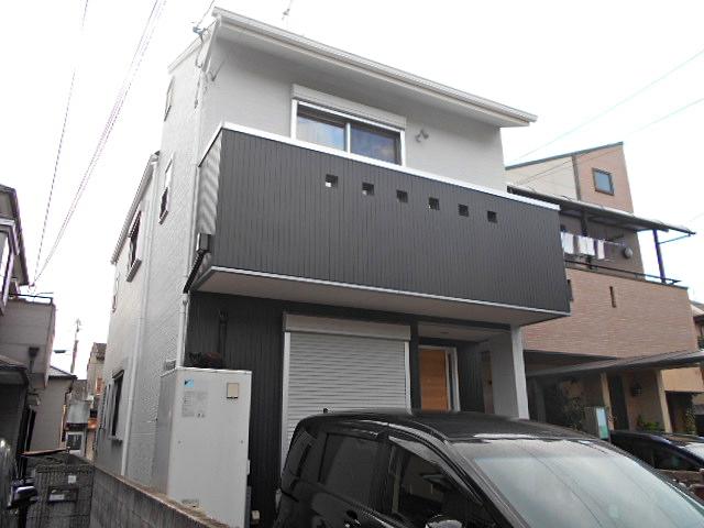 半ツヤでモダンな外壁塗り替え、屋根・付帯部塗装 堺市 K様