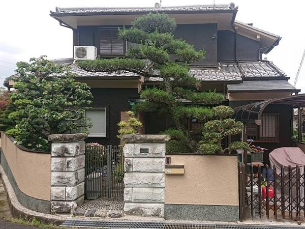 モルタル外壁の塗り替えでシックな仕上がりに 大阪府富田林市Y様