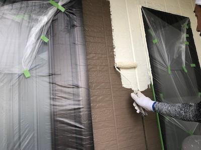外壁サイディング中塗り