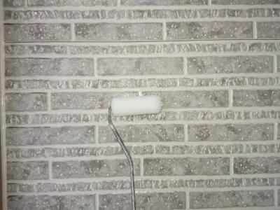 外壁クリヤー塗装 下塗り