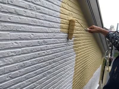 外壁塗装(2階)仕上げ1回目