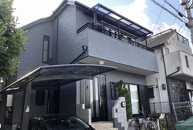 外壁・屋根塗装、雨戸吹付塗装で新築のような仕上がり 堺市北区